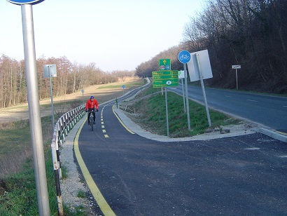 First Iron Curtain Trail signs available in Hungary